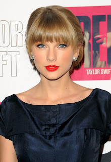 Taylor Swift romantic lipstick 2013