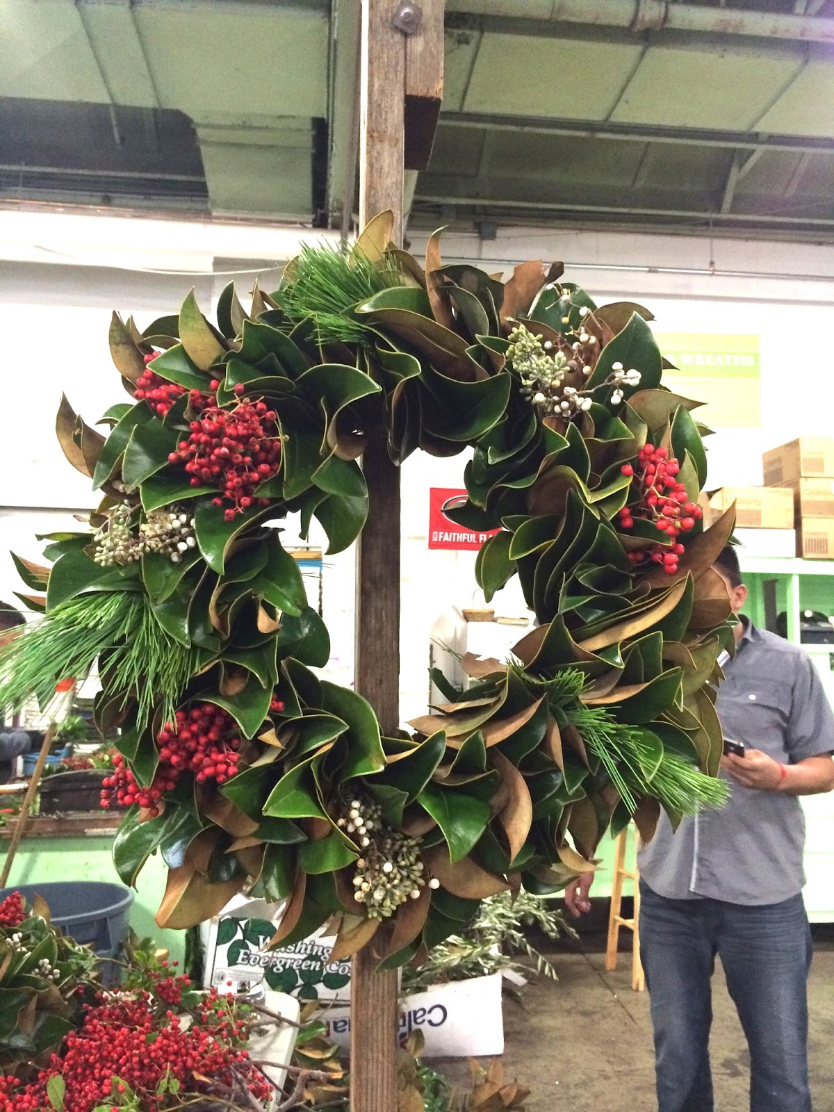 How to make a fresh christmas wreath - Want To Make Your Own Fresh Wreath