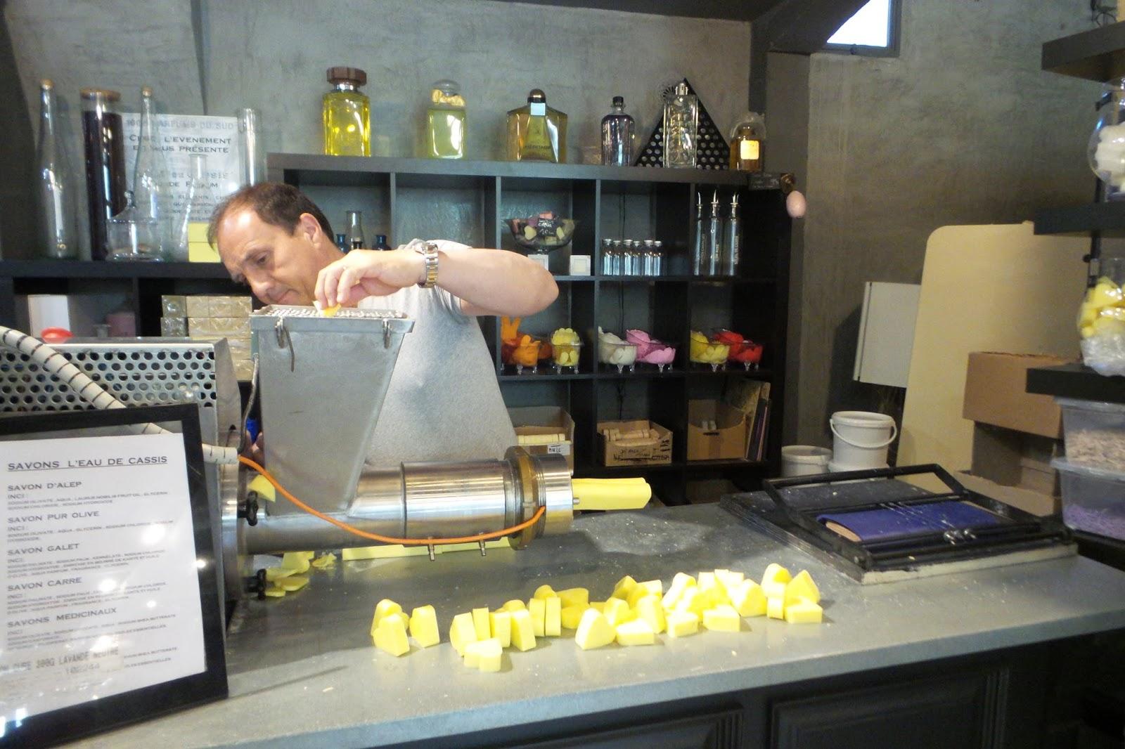 Saint remy de provence and around best savons de for Salon de provence marseille