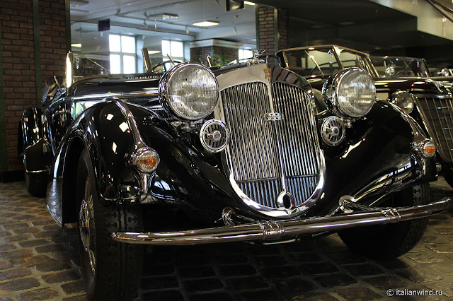Horch 850/51