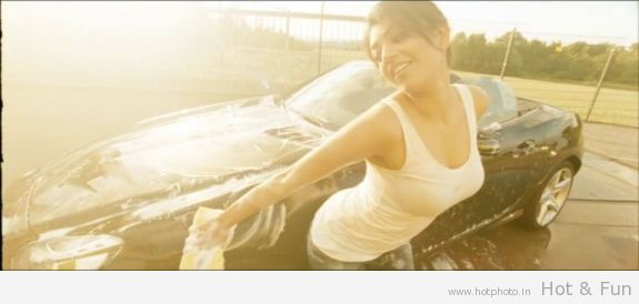 Kajal Agarwal Car Washing - KAJAL AGARWAL Car washing HOt Pics