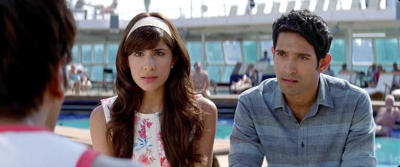 Dil Dhadakne Do (2015) 4