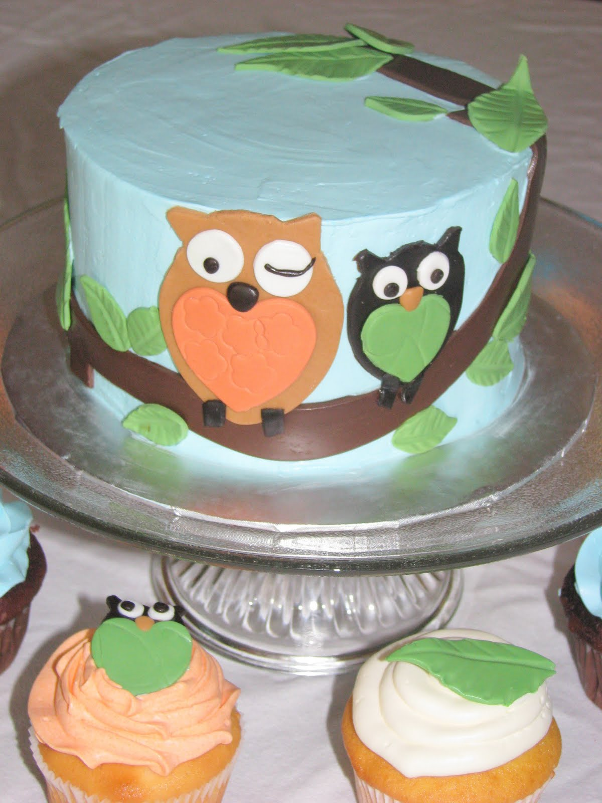 bake me a cake owl baby shower cake cupcakes