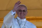 Su humildad, sencillez, sentido común, actitud dialoguista, y compromiso por . papa francisco