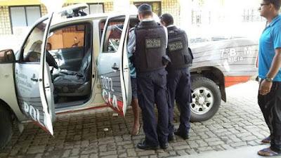 Homem que persegue há 10 anos funcionária do Hospital Municipal de Ipu foi preso ameaçando-a.