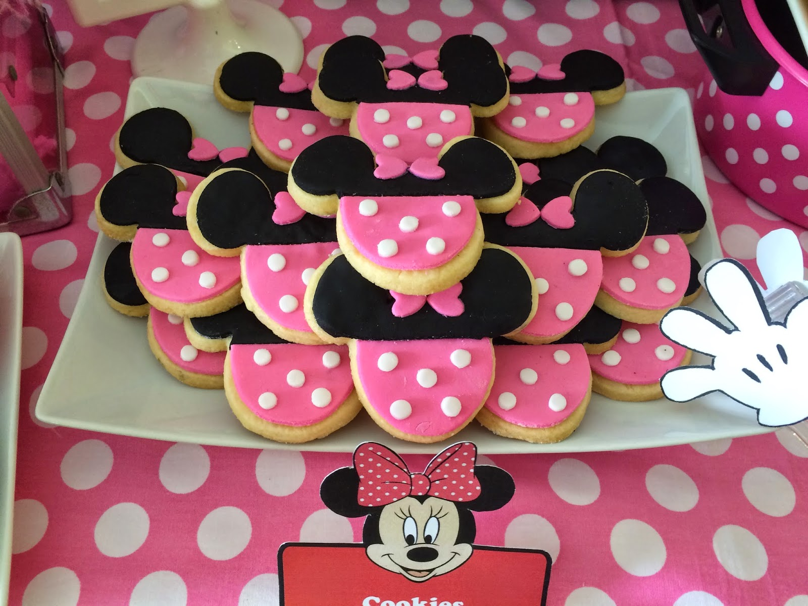Minnie Mouse Cake Cupcakes Cookies Cake Pops Crissas Cake Corner