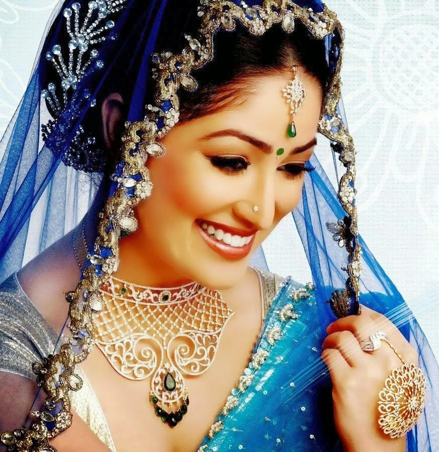 http://moviepicturess.blogspot.in/2014/05/yami-gautam.html