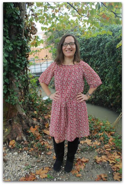OOTD Fashion Blogger French Curves Robe Esprit Gilet Kimono New Look Inspire Bottes et sac Etam Bijoux Mango Eff Your Beauty Standards Celebrate My Size