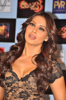 Bipasha Basu's Hot Stills from 'Raaz 3' First trailer launch event
