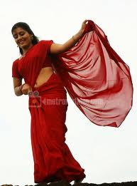 Sarayu-hot-malayalam-Actress-Pics-2