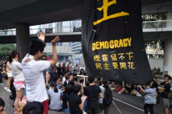Demonstran Hongkong Tuntut Demokrasi