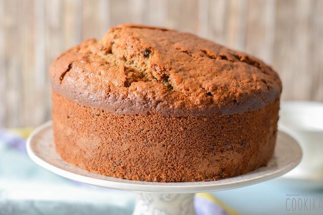 Walnut and Dates Cake