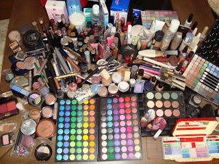 http://maqueando-me.blogspot.com.br/