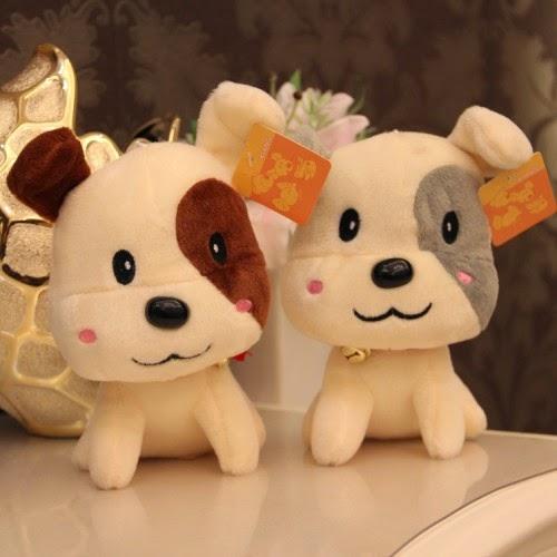 Kado ulang tahun berupa boneka anjing lucu untuk sahabat atau pacar.