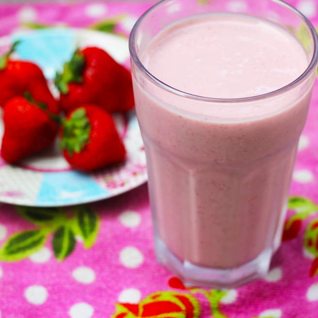 Strawberry Breakfast Smoothie