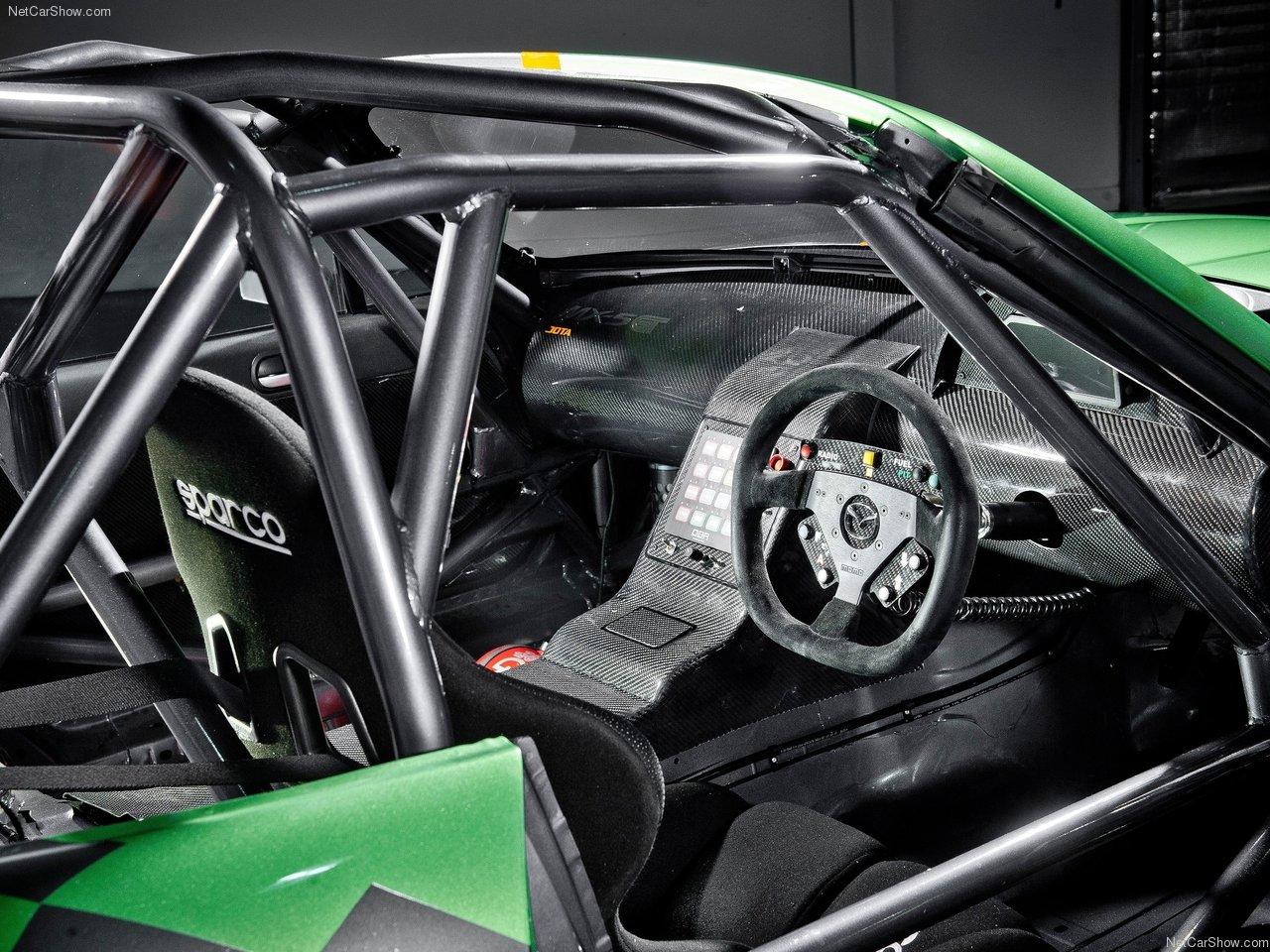http://3.bp.blogspot.com/-8Cwc0K6NjDY/TYnuM76YD-I/AAAAAAACMNg/FaoUpiuiXMY/s1600/Mazda-MX-5_GT_Race_Car_2011_1280x960_wallpaper_04.jpg