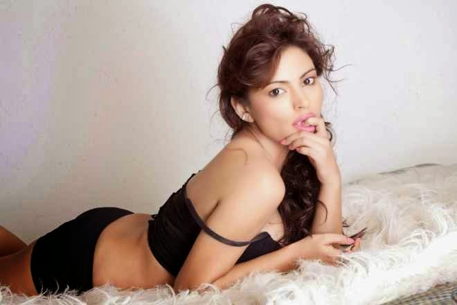 Actress Devshi Khanduri Hot Bikini Spicy Photoshoot
