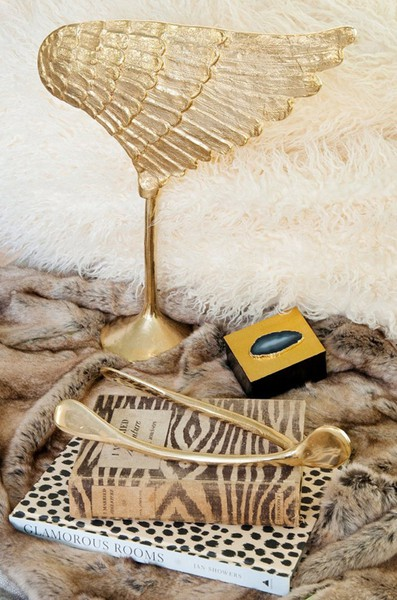 Chic Room Accessoried Gold Wing Wishbone Zebra Book Leopard Print