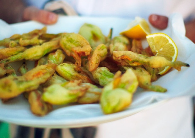 Fried Zucchini Blossoms | The Travelling Foodie