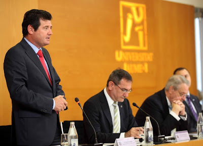 José Císcar destaca el papel fundamental de las universidades en la nueva estructura de la Conselleria