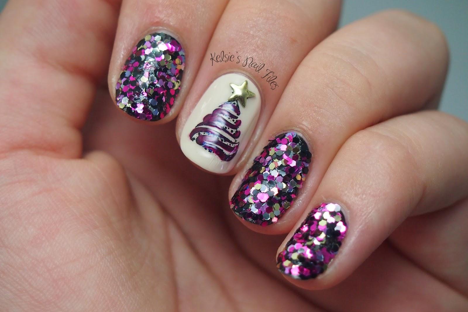 Kelsies nail files winter nail art challenge christmas tree day 5 of the winter nail art challenge christmas tree prinsesfo Gallery