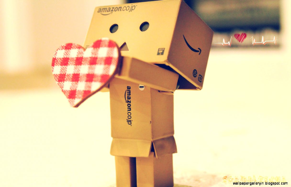 Danbo Love Best Romantic Hd Wallpaper  Free High Definition