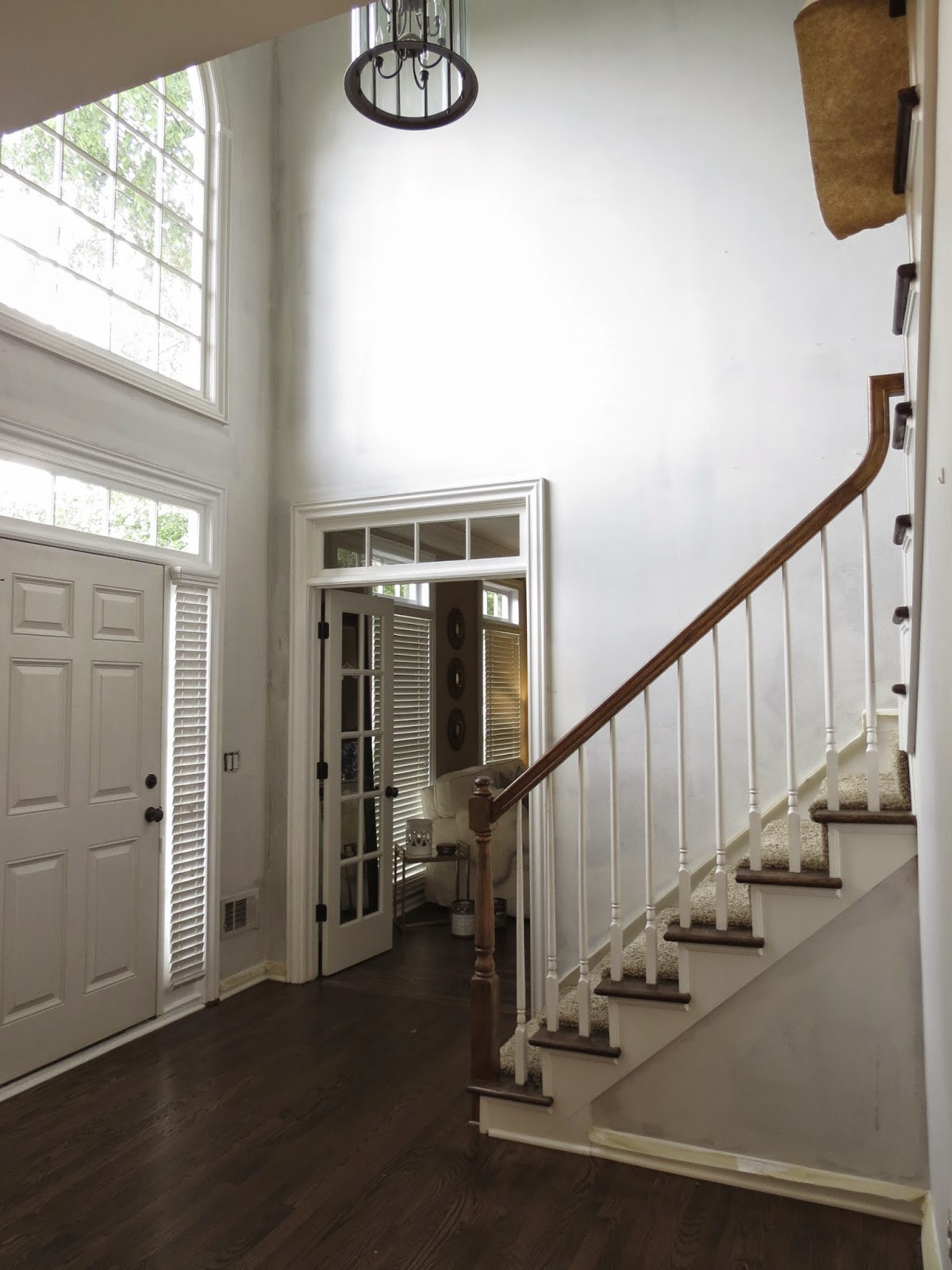 makeupbytiffanyd house. i knew wanted the foyer area to be bright and open for walls very white, which isn\u0027t something did throughout rest of house. makeupbytiffanyd house
