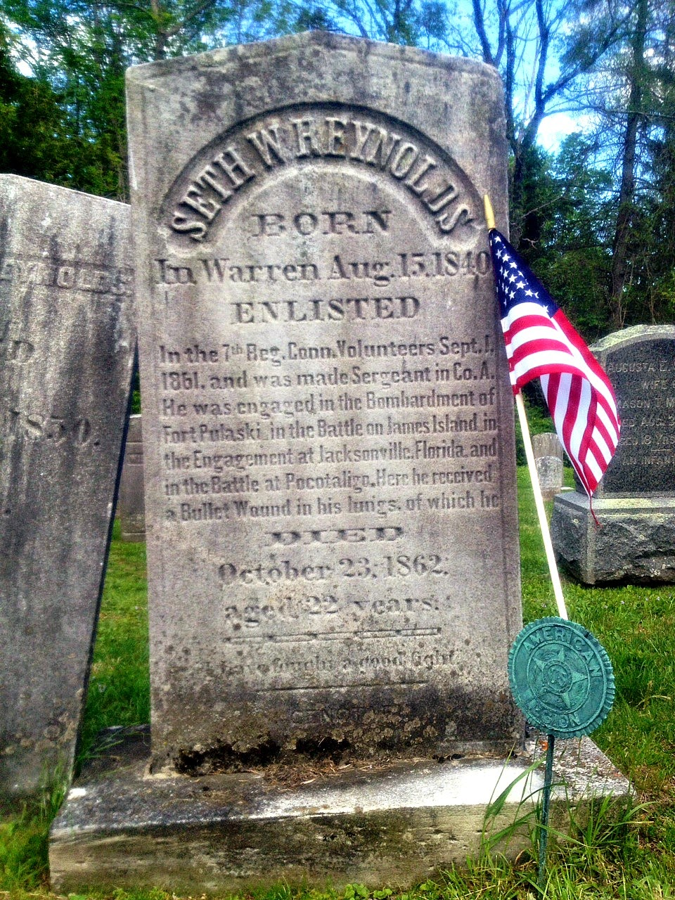 john banks civil war blog connecticut memorial day photo essay even the cause of death is provided on 7th connecticut sergeant seth w reynolds marker in warren cemetery a bullet wound to the lungs during the battle