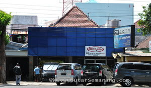 Roda Jaya VIP Rent Car