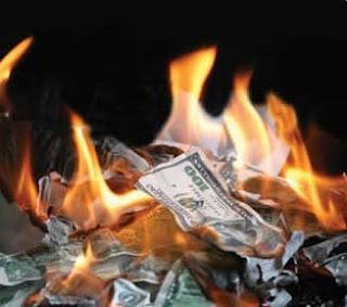 money, wang, properties, harta, boros, bakar, duit, api, Allah, larang, wasting