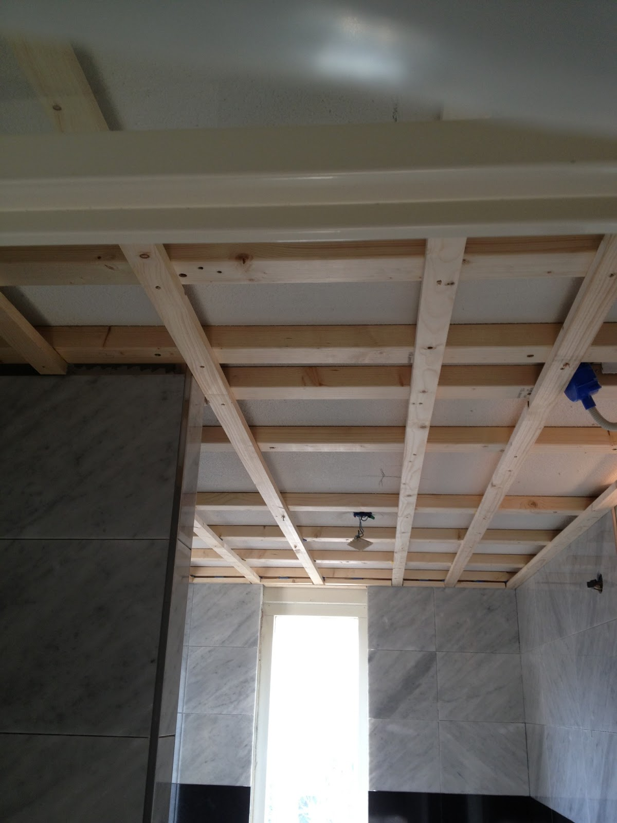 VanDenBoomBouw: verlaagd plafond