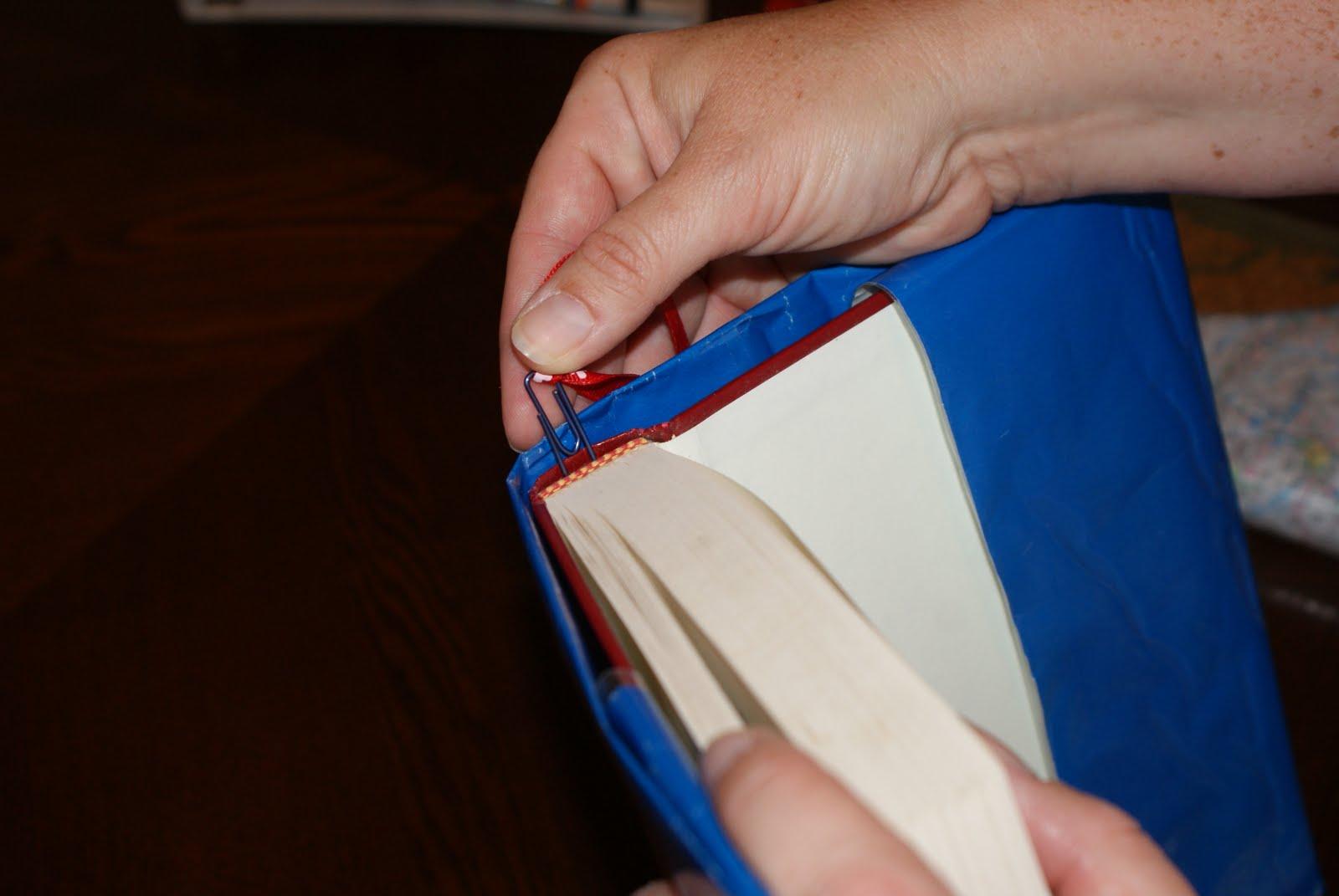 http://3.bp.blogspot.com/-8EaKg4FDcBw/TkrCqSDJlgI/AAAAAAAAABc/1xpHczvCZ14/s1600/Paper+clip+2.JPG