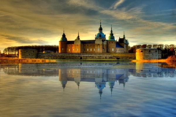 gia ve may bay di thuy dien - Lâu đài Kalmar
