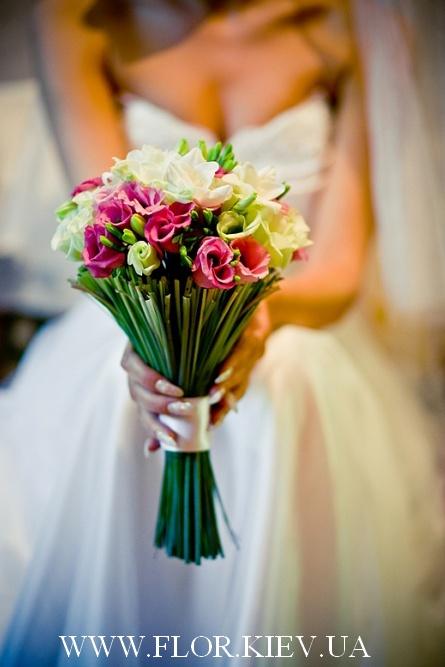 Букет свадебный стильный