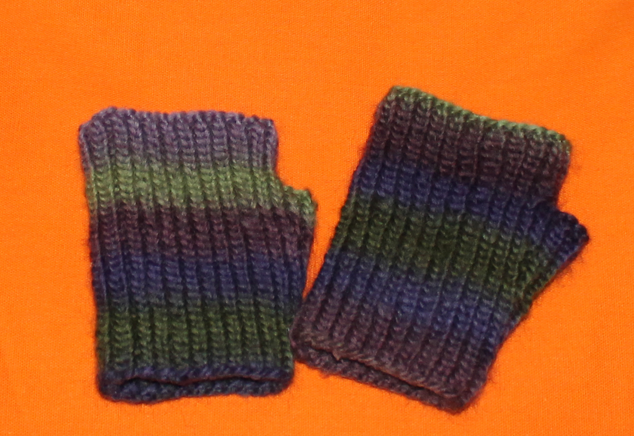 Fingerless Gloves Knitting Pattern Nz : I Purr-Furr to Craft: 08/20/13