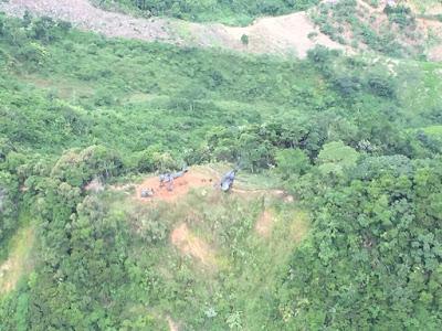 Zona general donde quedó el helicóptero destruido por la carga explosiva instalada por terroristas de las Farc.