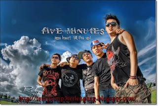 http://tempatmp3terlengkap.blogspot.com/2012/11/five-minutes-galau-albummp3-download.html