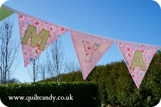 Cupcake Bunting by www.quiltcandy.co.uk