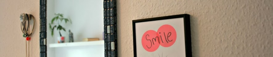 http://pralerier.blogspot.dk/2013/08/smile-and-wave.html