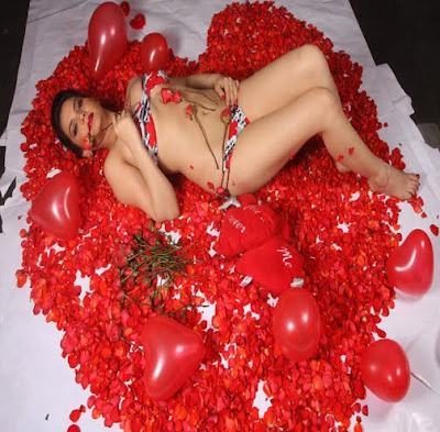 Madhavi Sharma hot bikini photoshoot
