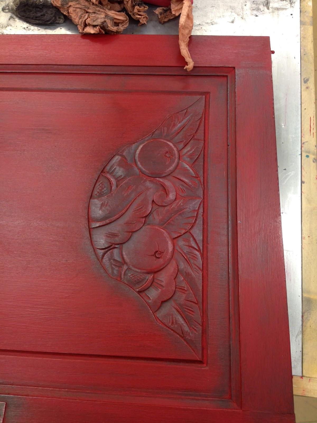 Peinture sur meuble finition patine noir graphite for Formation peinture sur meuble