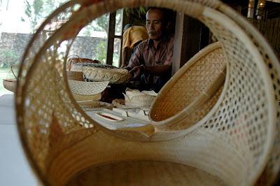 Pengrajin Bambu Gunungsari