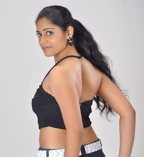 Samatha-Telugu-actress-hot-stills-images-gallery-pics