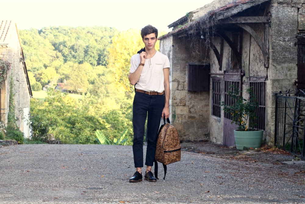 BLOG-MODE-HOMME_Weekend-perigord-molieres_pittoresque_liege-sac_preppy-moustache_chino_bobo_menstyle-chic_gironde
