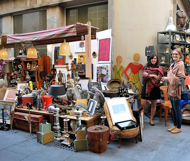 Quedamos en casa decoracci n 2011 los anticuarios - Anticuarios madrid muebles ...