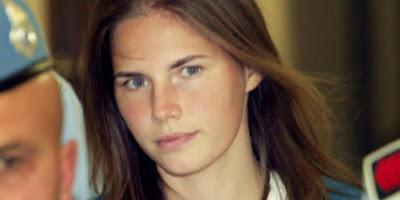 Lima Penjahat Wanita Paling Seksi di Dunia