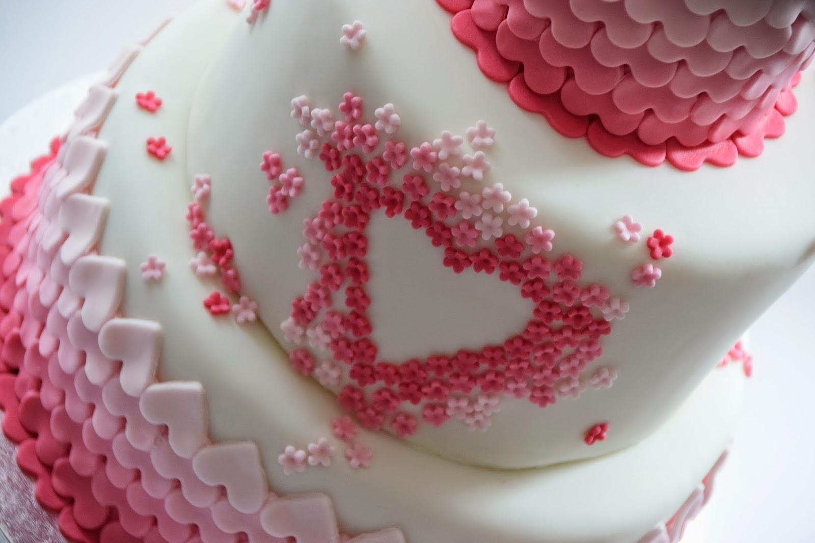 How to Make a Birthday Cake ♥ | The Fashion Freak Diary