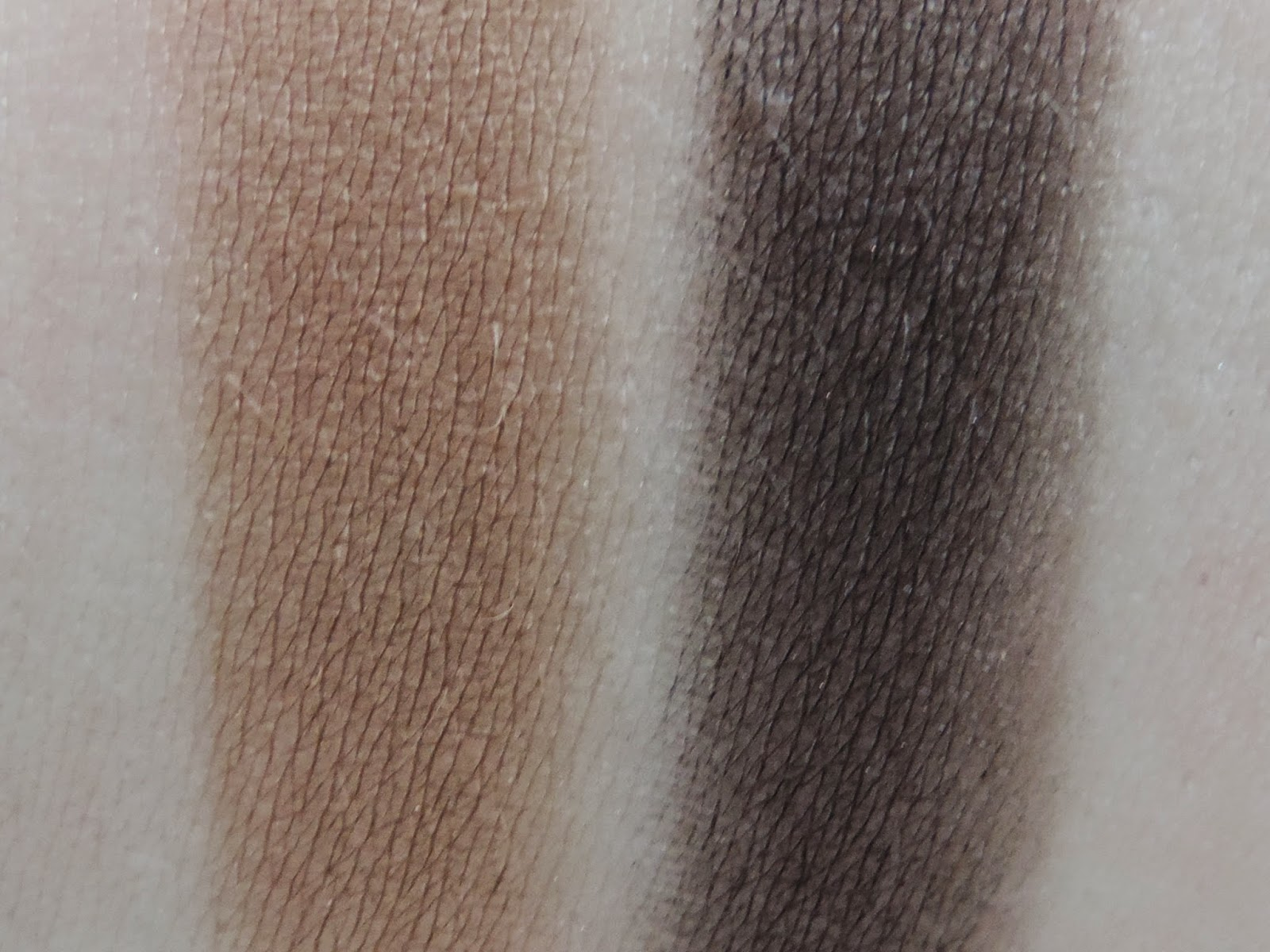 Swatches (From Left): Shade 5, Shade 4