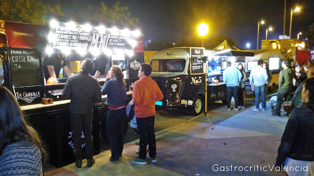 Evento de Food Trucks en Torrent: Postureo Gastronómico