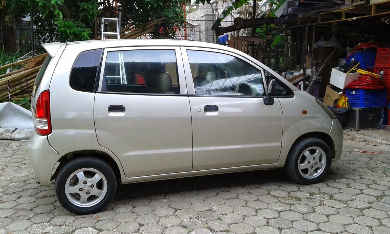 Mobil Suzuki Karimun Estilo